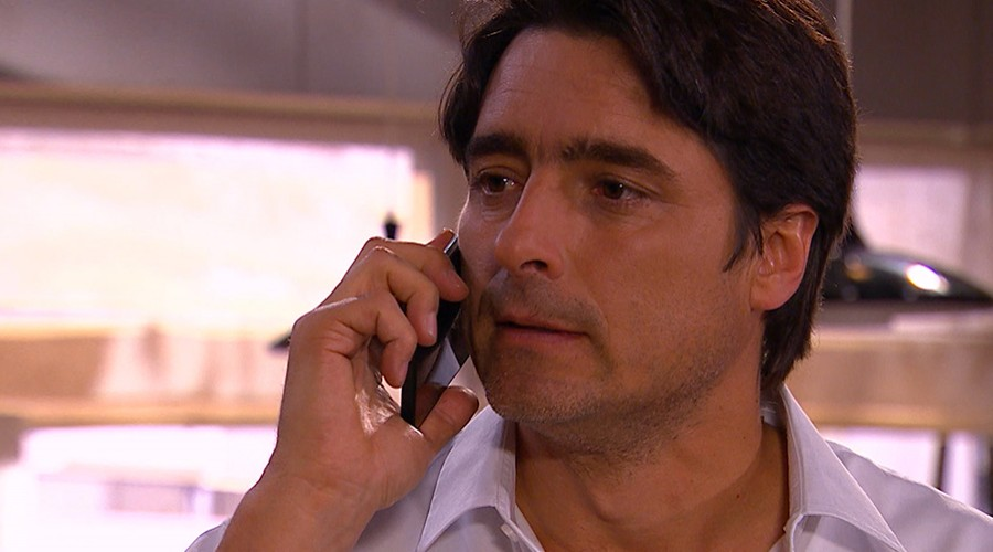Ignacio amenazó a Karina