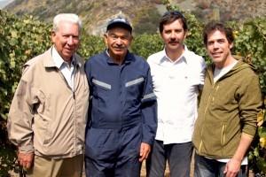 Álvaro Escobar aprendió a hacer vino
