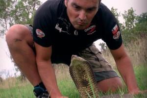 Luis se enfrentó cara a cara con las serpientes más letales del mundo