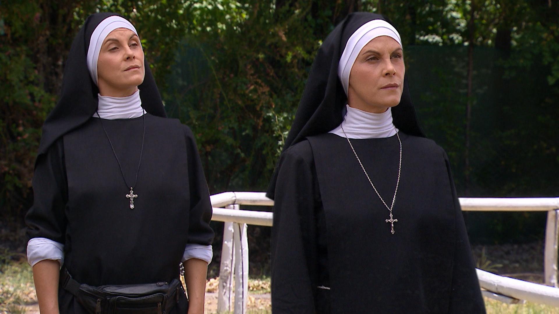 Óscar conoce a las hermanas Miranda - Capítulo 75