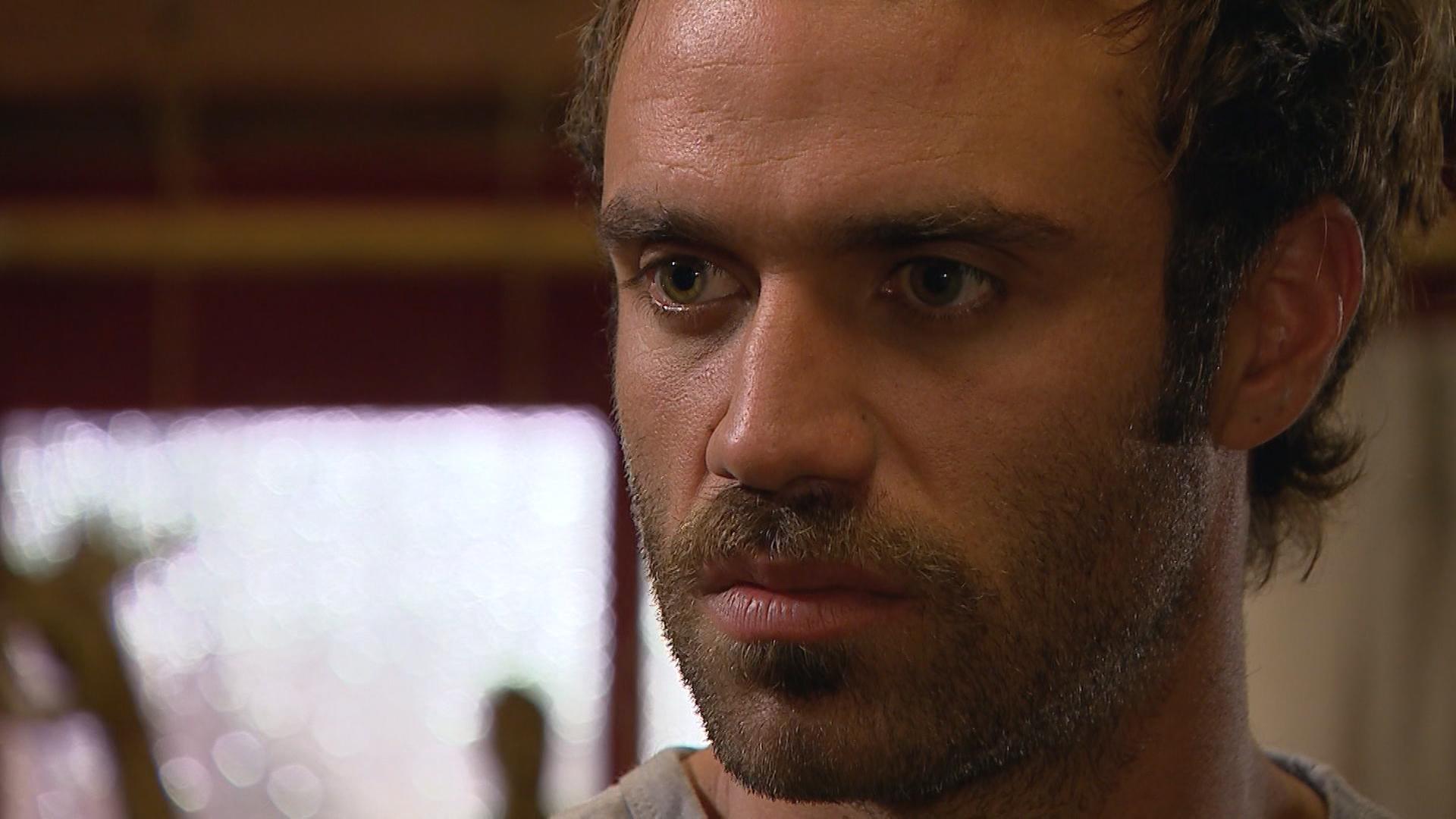 Luca en su peor momento: Rosalía lo puso en jaque - Capítulo 102