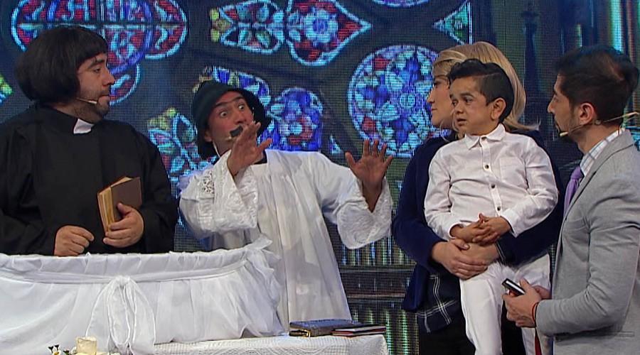 Miguelito es bautizado por un elocuente cura
