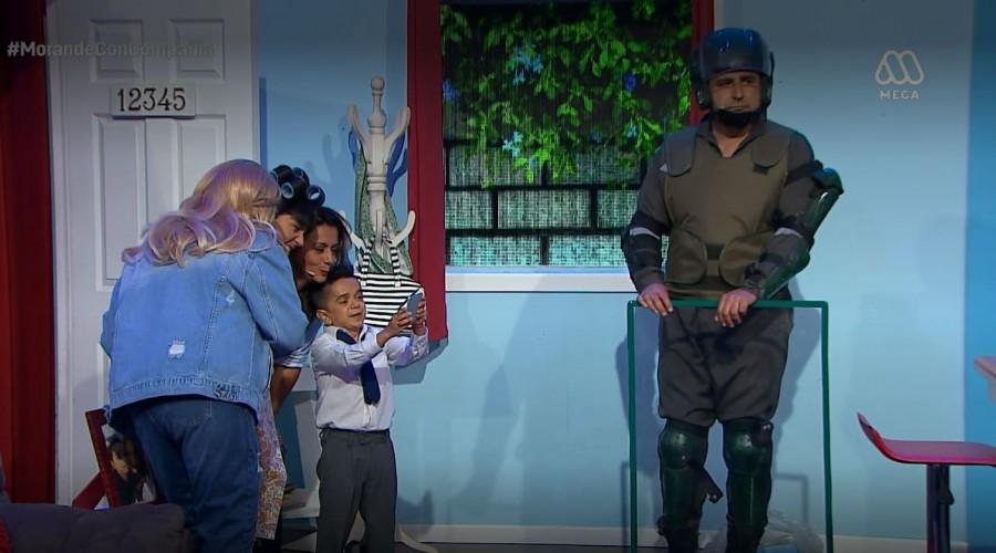 """""""Es igual al Tutu Tutu"""": Paola le explica a Miguelito qué pasa en Chile"""