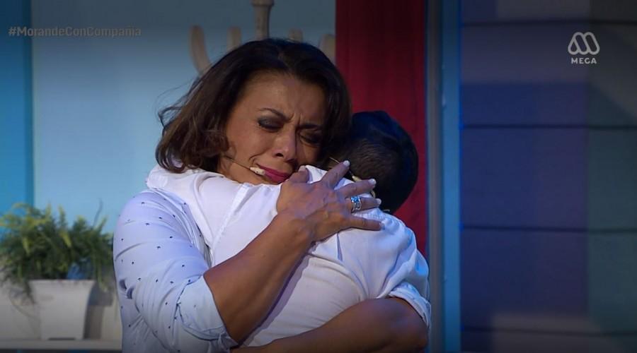 Miguelito se reencontró con su mamá