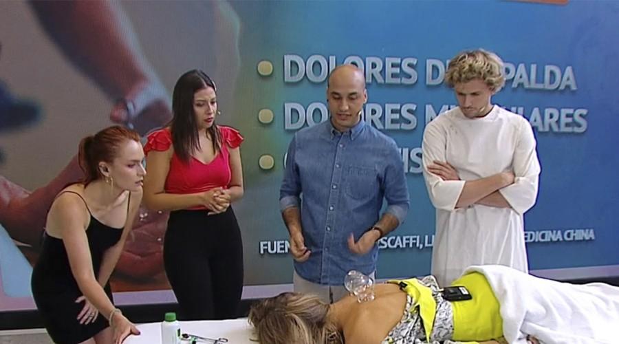 Nicolás Escaffi enseñó las técnicas de la medicina china para tratar los dolores de espalda