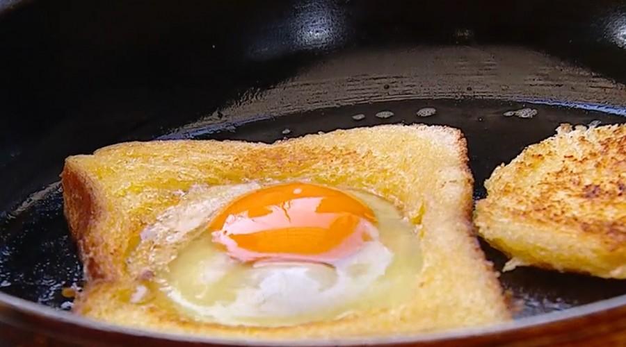 """#DesayunoGusto: Cafetería Eggy visitó Mucho Gusto para enseñar a cocinar """"huevos en canasto"""""""