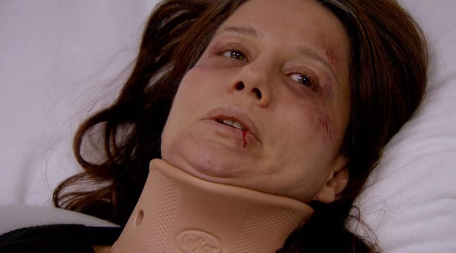 Leman y Semsi sufrieron un accidente automovilístico (Parte 2)