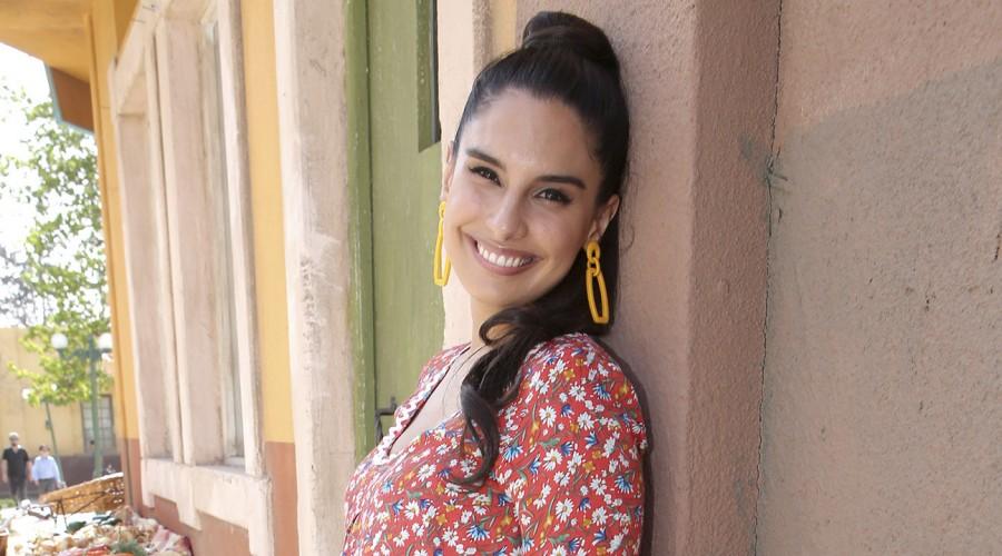 Gloria y el cuarto embarazo de Constanza Araya en las teleseries de Mega