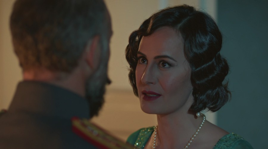 Veronika le declaró la guerra a Cevdet (Parte 1)