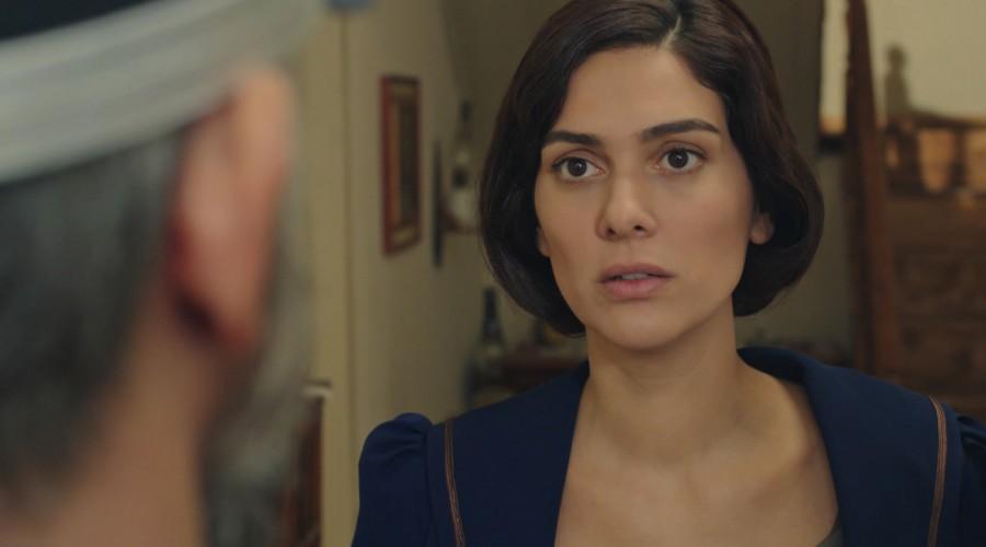 Cevdet tocó la puerta en casa de Azize (Parte 2)