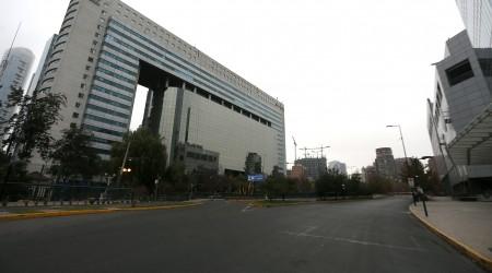 """""""Ciudad fantasma"""": Así están las calles de las zonas de Santiago en cuarentena obligatoria"""