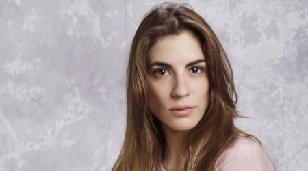 [Votación] ¿Cuál es tu look favorito de Agustina Mackenna en Verdades Ocultas?