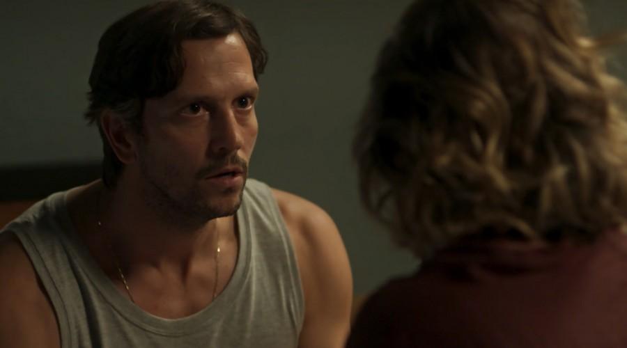 Remy traicionó a Karola contándole a Lucía la verdad sobre su hijo (Parte 1)