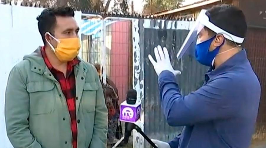 """Familia en Cerro Navia confinada por Covid-19: """"No tenían los medios para hacer las muestras de todos"""""""