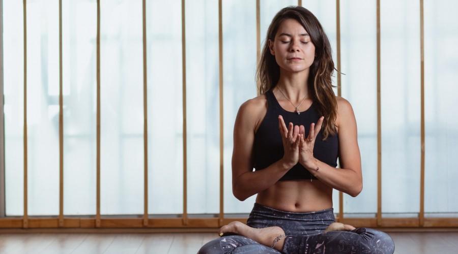 ¡Yoga para todos los cuerpos!: Marita García enseñará posturas para el equilibrio y ejercicios de respiración