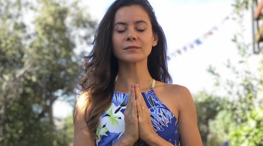 ¡Yoga para todos los cuerpos!: Marita García enseña posturas de apertura del pecho