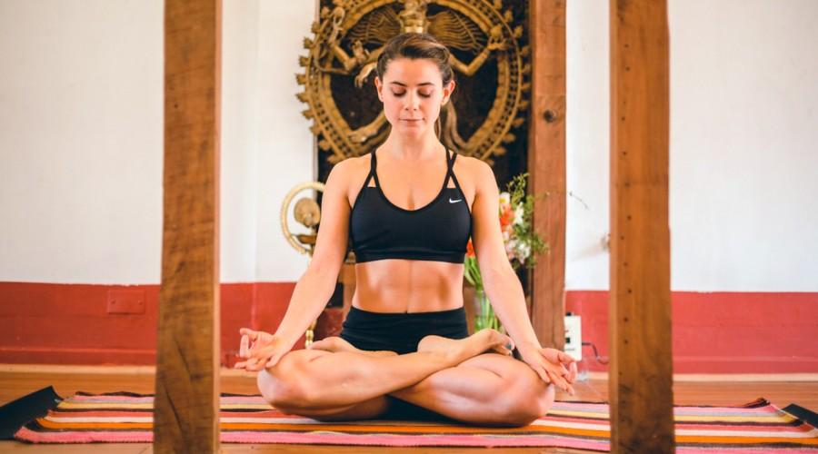 Yoga para todos los cuerpos - Clase N° 6: Aprende Posturas de Fuerza