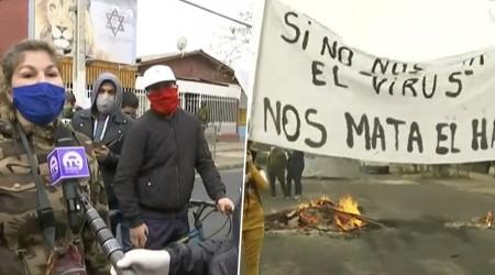 La Pintana: Vecinos protestan por falta de ayuda y dialogan con Carabineros