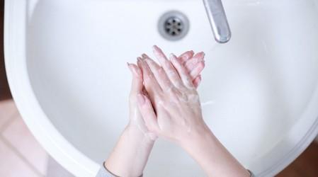 #5TipsLive: Recomendaciones para evitar la resequedad en las manos producto del constante lavado