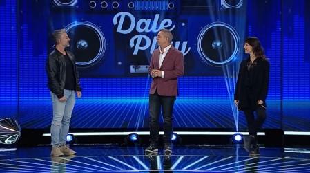 """Carlos Díaz y María José Bello demostraron sus conocimientos musicales en """"Dale Play"""""""