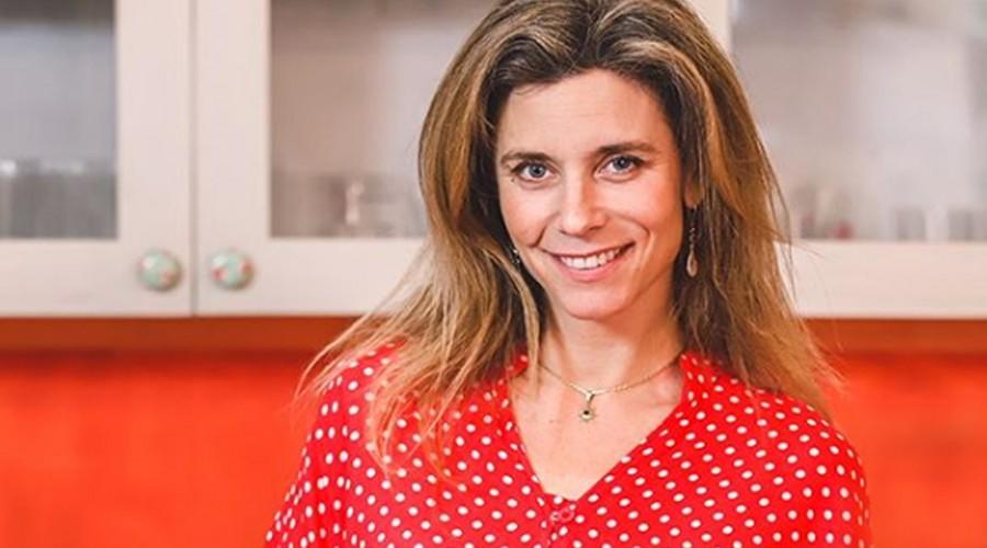 #DesdeSuCocina: Carola Correa nos enseña a preparar una exquisita hamburguesa de garbanzos