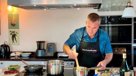 Rodrigo Barañao enseña a preparar un exquisito pastel de choclo vegetariano