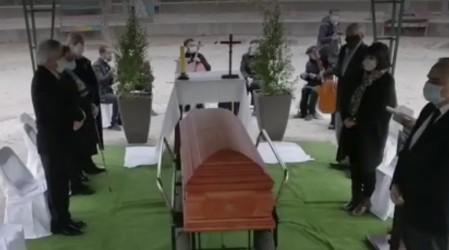 Polémica por imágenes del funeral de tío de Presidente Piñera: Daza afirma que se cumplió protocolo