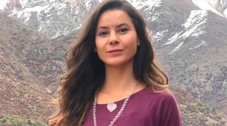 """[AHORA] Yoga para todos los cuerpos con Marita García: Hoy secuencia de """"asanas"""" en silla"""