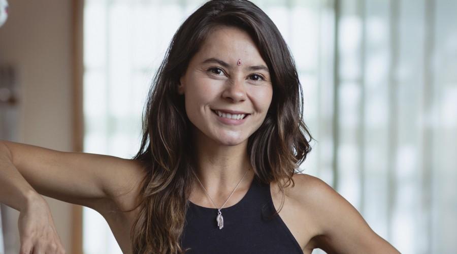 ¡Yoga para todos los cuerpos!: Revive el ciclo completo de 20 clases con Marita García