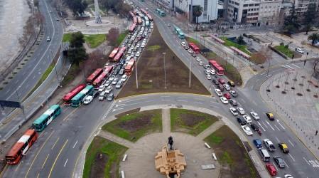 Se mantiene cuarentena en Santiago y se inicia desconfinamiento en Aysén y Los Ríos