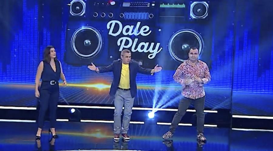 Ingrid Cruz y Kurt Carrera se la jugaron con sus conocimientos musicales en Dale Play