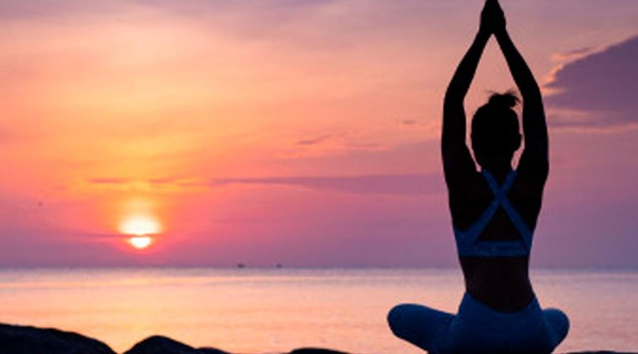 Clase de ¡Yoga para todos los cuerpos!: Termina la semana en calma con tu cuerpo y mente