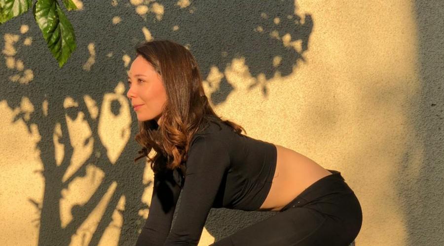 Posturas de yoga para activar piernas