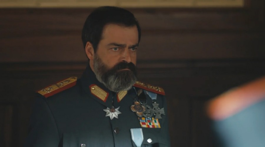 Vasili se enteró del transporte de las armas a las fuerzas turcas (Parte 1)