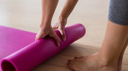 #YogaParatodosLosCuerpos: Sigue las posturas para disminuir la ansiedad