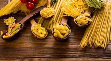 Aprende a cocinar una rica y fácil pasta de fetuccini en casa