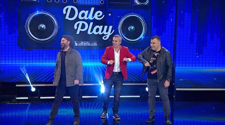 Daniel Alcaíno y Kurt Carrera se la jugaron con sus conocimientos musicales en Dale Play