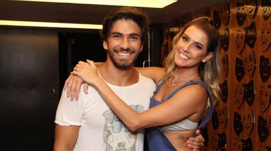 """Hugo Moura: El galán brasileño que conquistó a """"Natalie"""" de Insensato Corazón"""