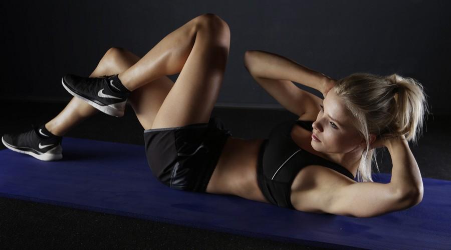 ¿No sabes cómo empezar a ejercitarte? La clave está en crear un plan de entrenamiento