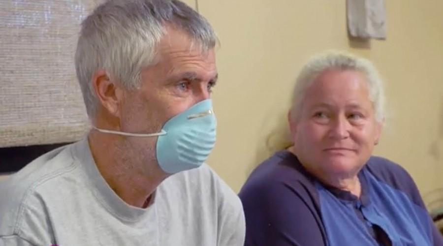La Dra Sandra Lee extirpará un extraño lipoma abierto