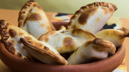 """""""La receta perfecta con Rodrigo Barañao"""": Aprende a cocinar empanada de carne y vegetariana"""