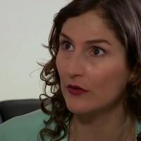 Rosario contrata a Carlos para espiar a Violeta