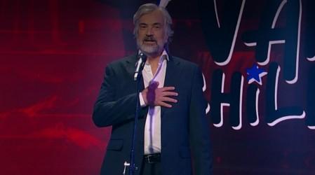 """Actor Francisco Reyes marca apertura de """"Vamos Chilenos"""" con emotivo mensaje en lenguas originarias"""