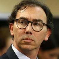 """Ministro Figueroa: """"No podemos privar a los niños de ir al colegio"""""""
