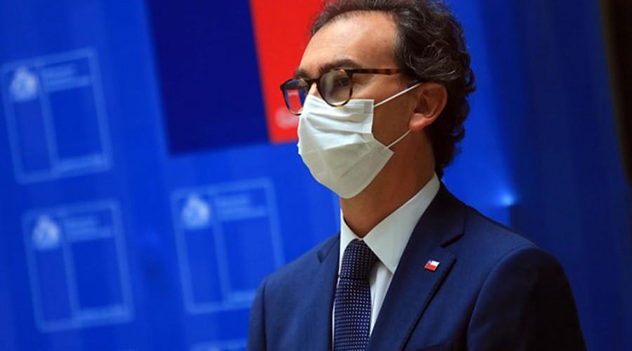 """Ministro Figueroa por retorno a clases: """"Se privilegiará el retorno de tercero y cuarto medio"""""""