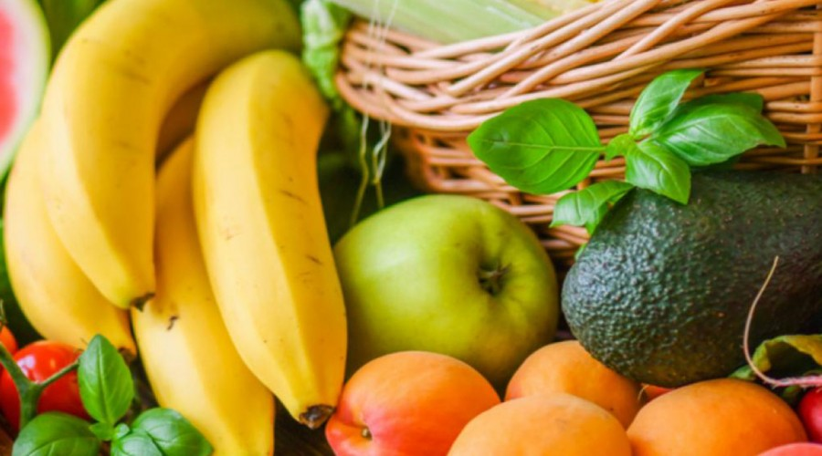 Desde chirimoya hasta espárragos: Conoce las frutas y verduras de temporada ideales para mantenerse en forma