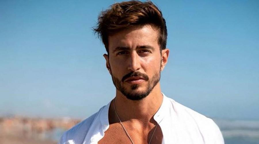 Seguidores aplaudieron su valentía: Marco Ferri desafía las alturas junto a su novia