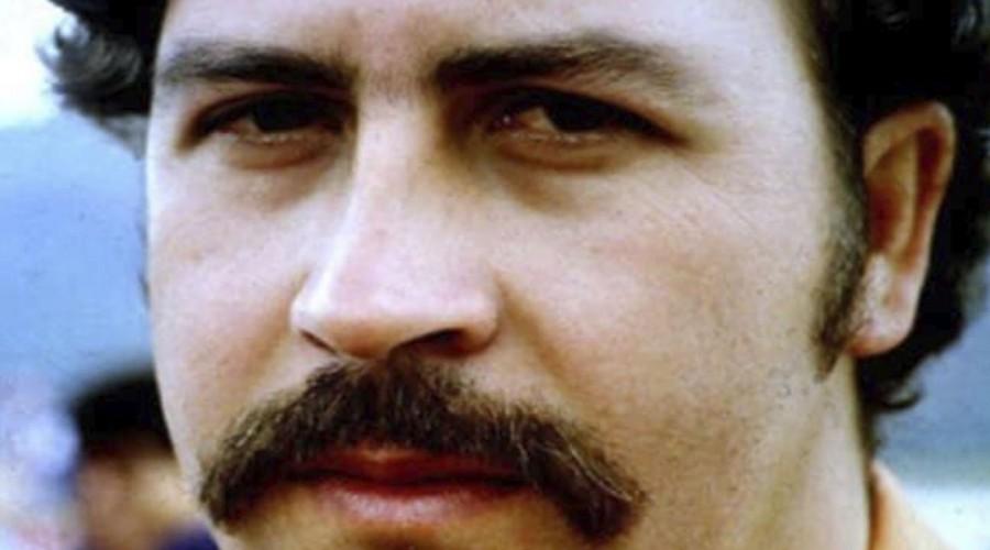 Sobrino de Pablo Escobar encontró 18 millones de dólares escondidos en una casa en Medellín