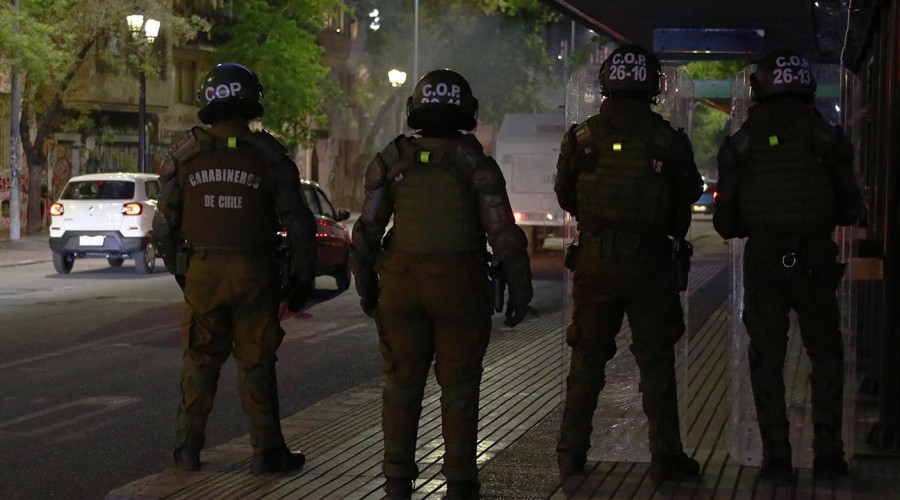 Vecinos de San Miguel exigen justicia para joven asesinado afuera de su casa