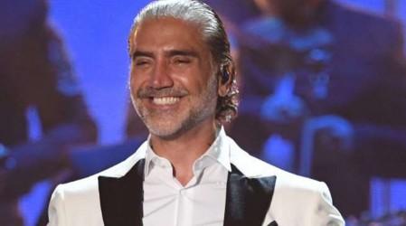 """Chilena fue engañada por falso """"Alejandro Fernández"""": """"Jugó con mis sentimientos"""""""